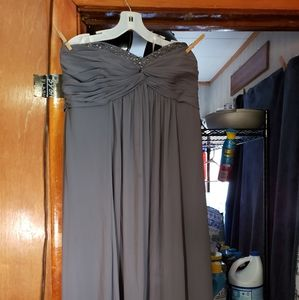 Dresses - Pretty gray bridesmaid dress with sequins